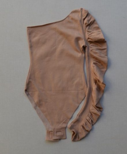 fernandaramosstore body tricot sem bojo um ombro so 3