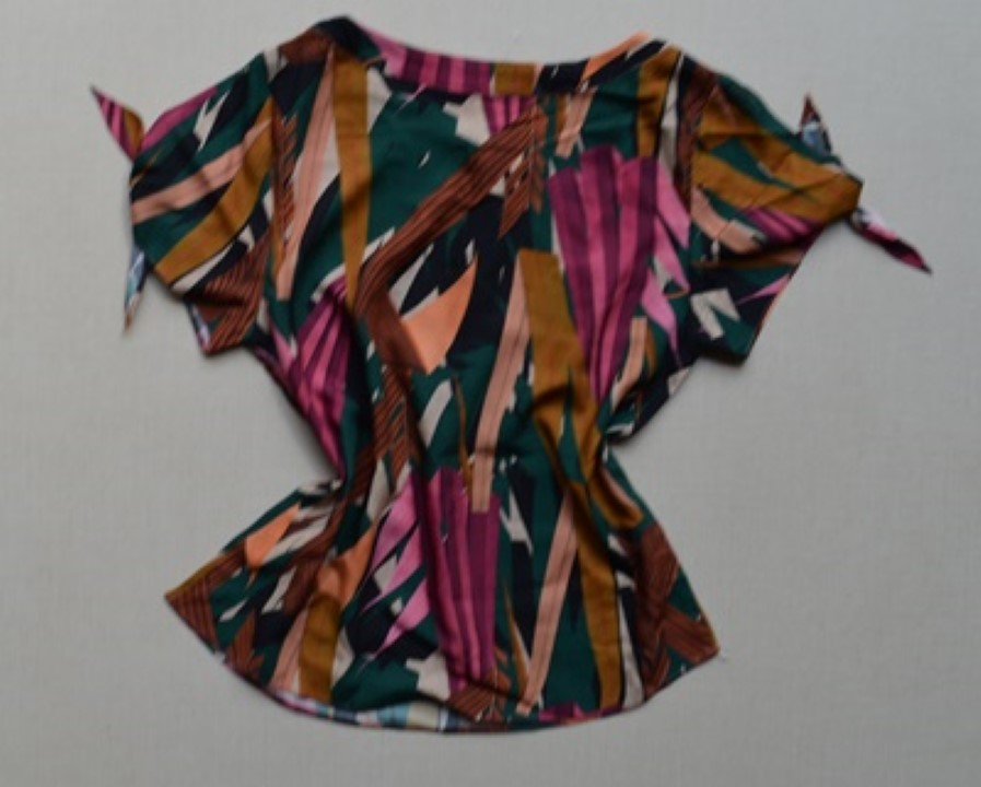 fernandaramosstore blusa manga curta estampada 18